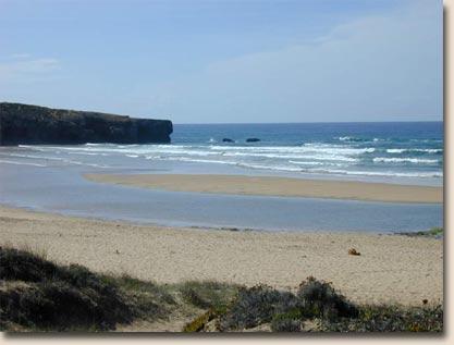 Portugal - Praia da Amoreira: Wellen