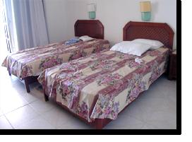 Foto von unseren Betten in der FeWo 313A im Monica Isabel Beach Club in Albufeira