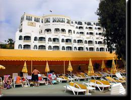 Foto der Rückseite des Monica Isabel Beach Clubs in Albufeira