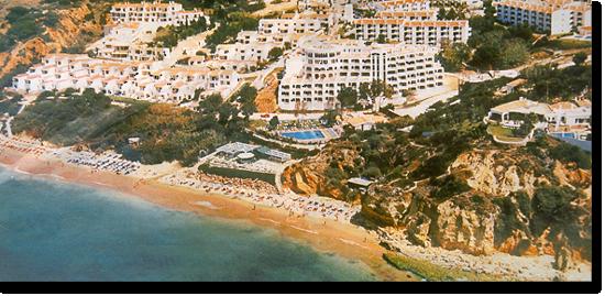 Monica Isabel Beach Club in Albufeira - Totalansicht aus der Luft