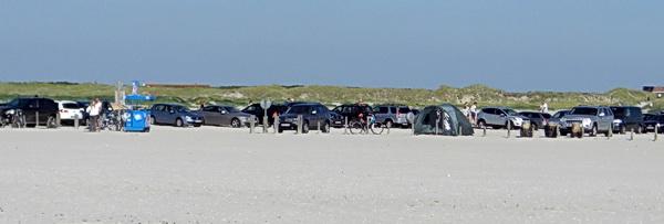 Gute Parkmöglichkeiten direkt am Strand von Sankt Peter-Ording