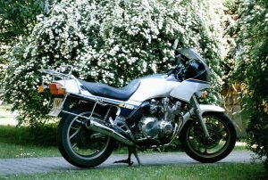Meine Yamaha XJ900F - Mausklick für größere Darstellung