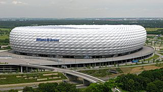 Gesamtansicht der Allianz Arena in München