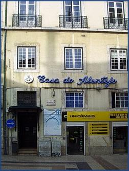 Foto der Außenanicht der Casa do Alentejo in Lissabon