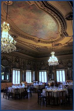 Foto des Festsaals der Casa do Alentejo in Lissabon