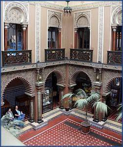 Foto des Innenhofs der Casa do Alentejo in Lissabon