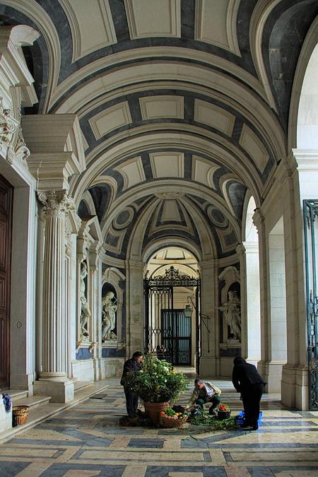 Foto des Eingangsbereich des Palácio Nacional de Mafra