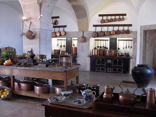 EIn Blick in die Küche mit einer möglichen Ausstattung