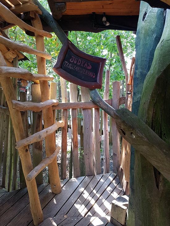 Eingang zum Judka Trollfamilienhaus