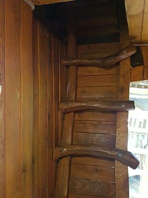 Foto der unteren Holzleiter