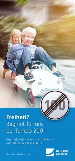 Vorderseite des Flyers der Deutschen Glasfaser