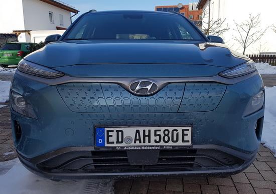 Foto des Hyundai Kona Electric von vorne
